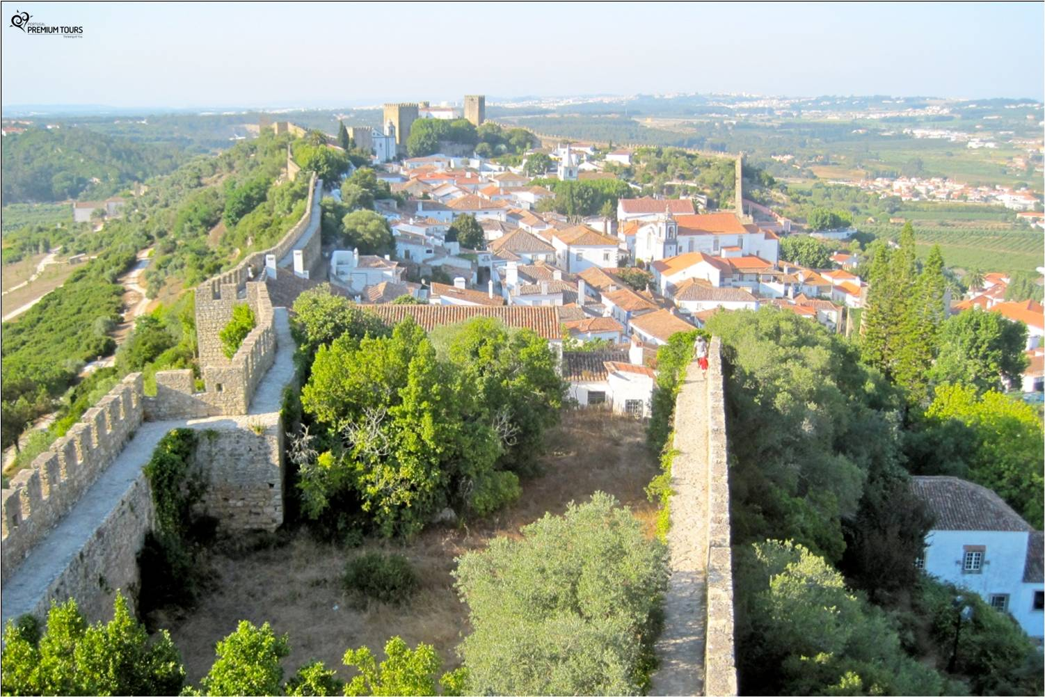 Come explore the village of Óbidos